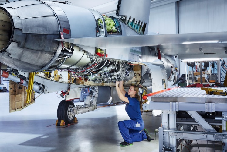 As the materiel centre of excellence for the Swiss Air Force, RUAG Aviation maintains the F/A-18 fleet