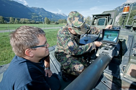 RUAG Defence: Five-year contract for combat training